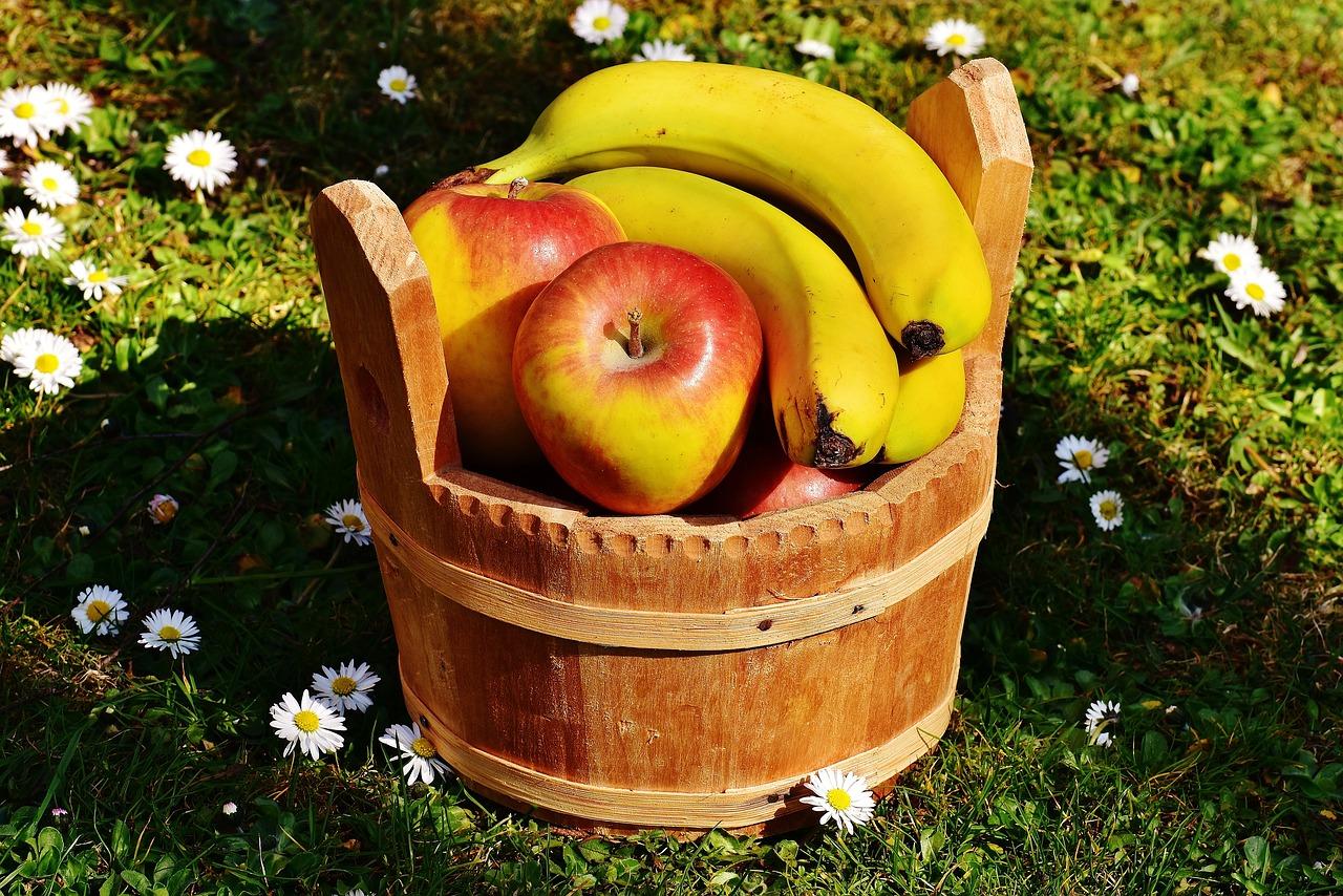 Климактерические плоды -яблоки и бананы
